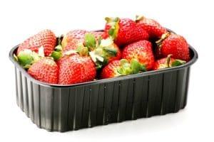 Erdbeeren in  PP Schale FM58 schwarz